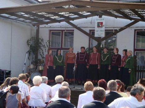 Spevácky súbor NAPSUGÁR - a NAPSUGÁR énekcsoport